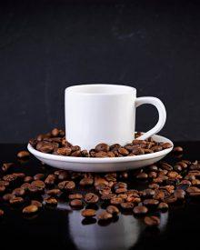 Pomysł na ponadczasowy prezent – zestawy kawowe